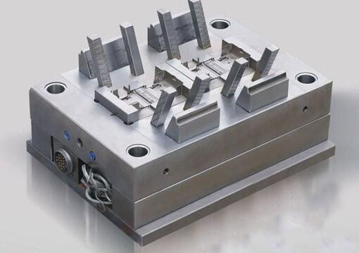 中走丝塑料及压铸模具行业应用